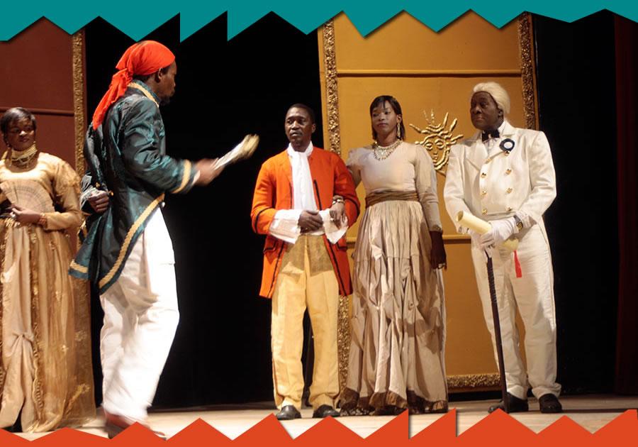 Célébration de la Journée Mondiale du Théâtre.